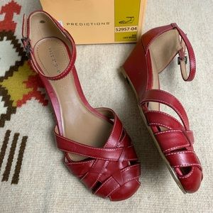 Predictions Red Lucy Wedges-9